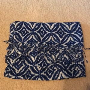 Accessories - Blue and white patterned scarf with fringe